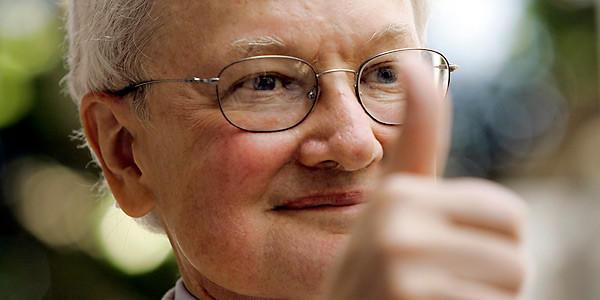 Roger Ebert 04-04-13