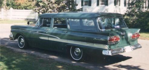 1958_Ford_Country_Sedan